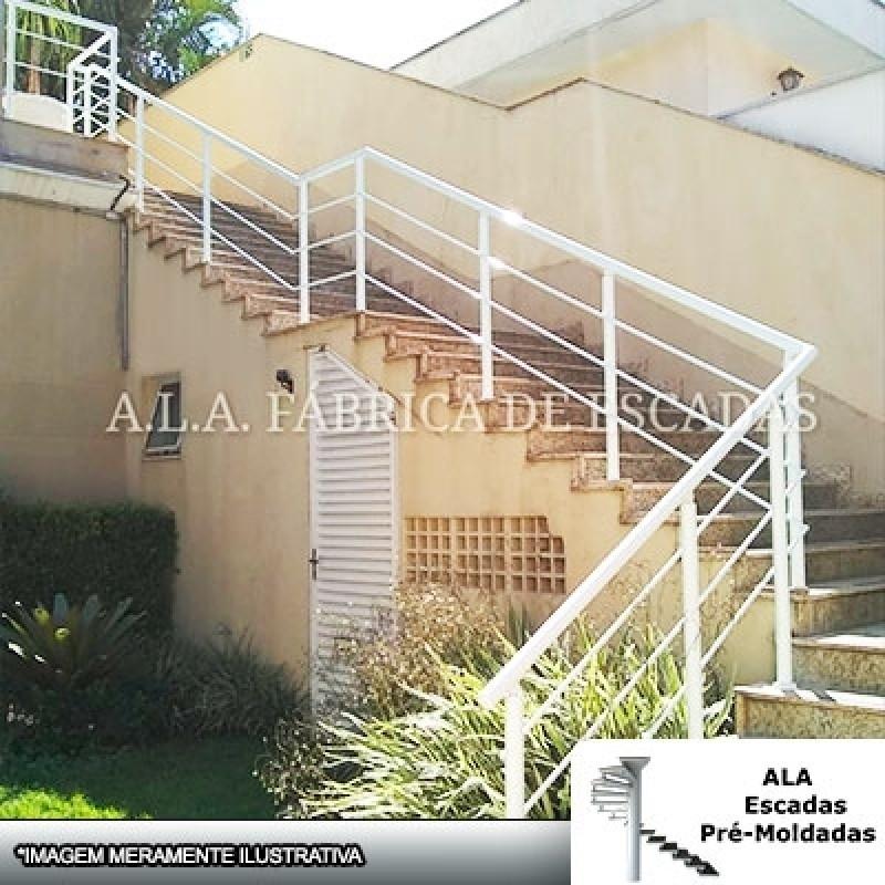 Corrimão em Ferro Galvanizado para Escadas Bragança Paulista - Corrimão de Escada de Ferro Galvanizado Residencial