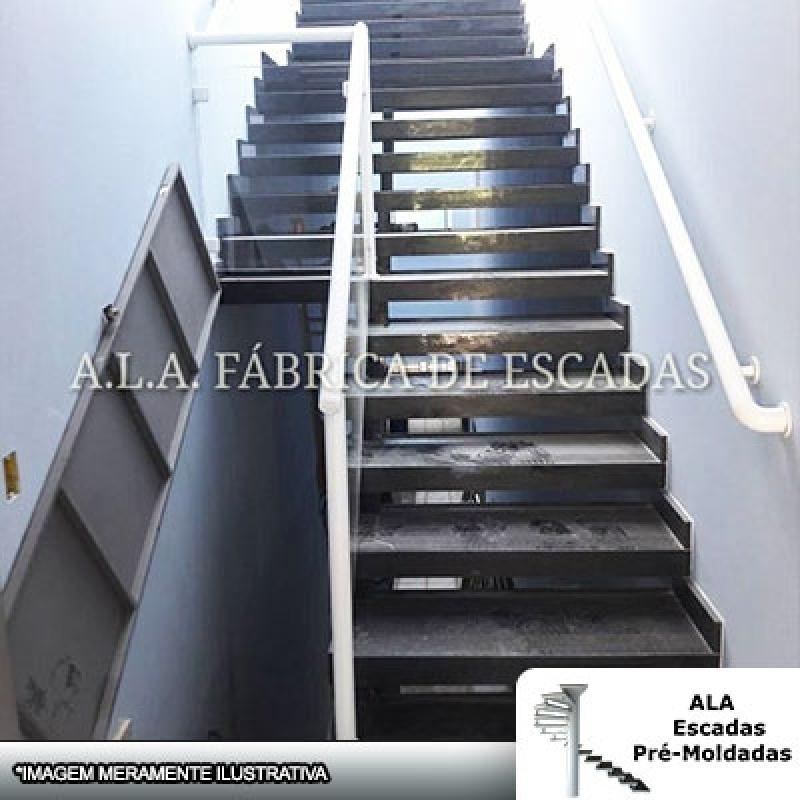 Escada Pré Fabricada Reta com Descanso CECAP - Escada Pré Fabricada em Concreto