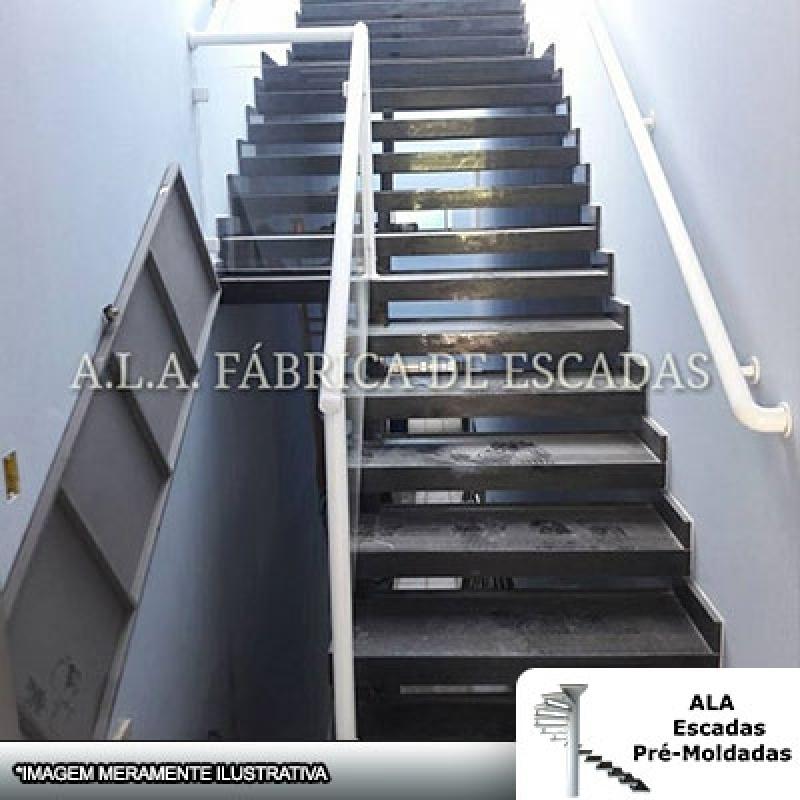 Escada Pré Moldada com Corrimão São Caetano do Sul - Escada Pré Moldada com Piso