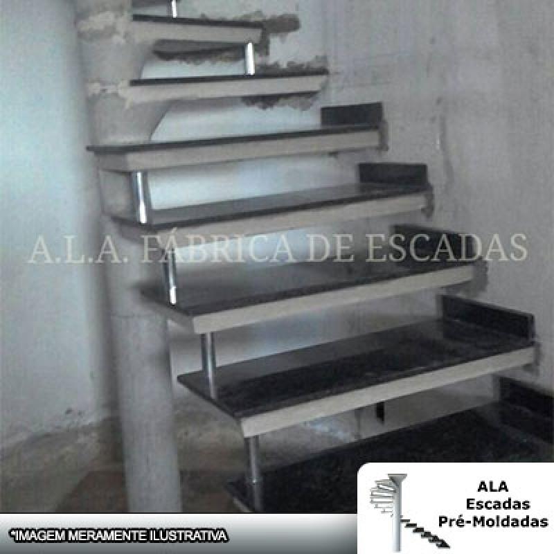 Escada Pré Moldada com Mármore Cotia - Escada Pré Moldada com Corrimão
