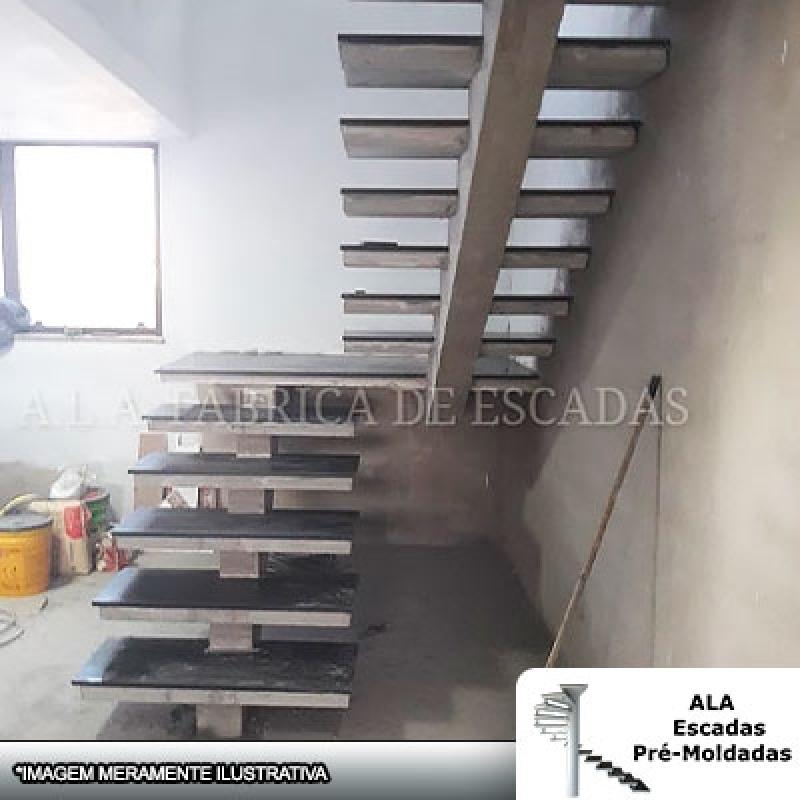 Escada Pré Moldada com Viga Central Bosque Maia - Escada Pré Moldada com Corrimão