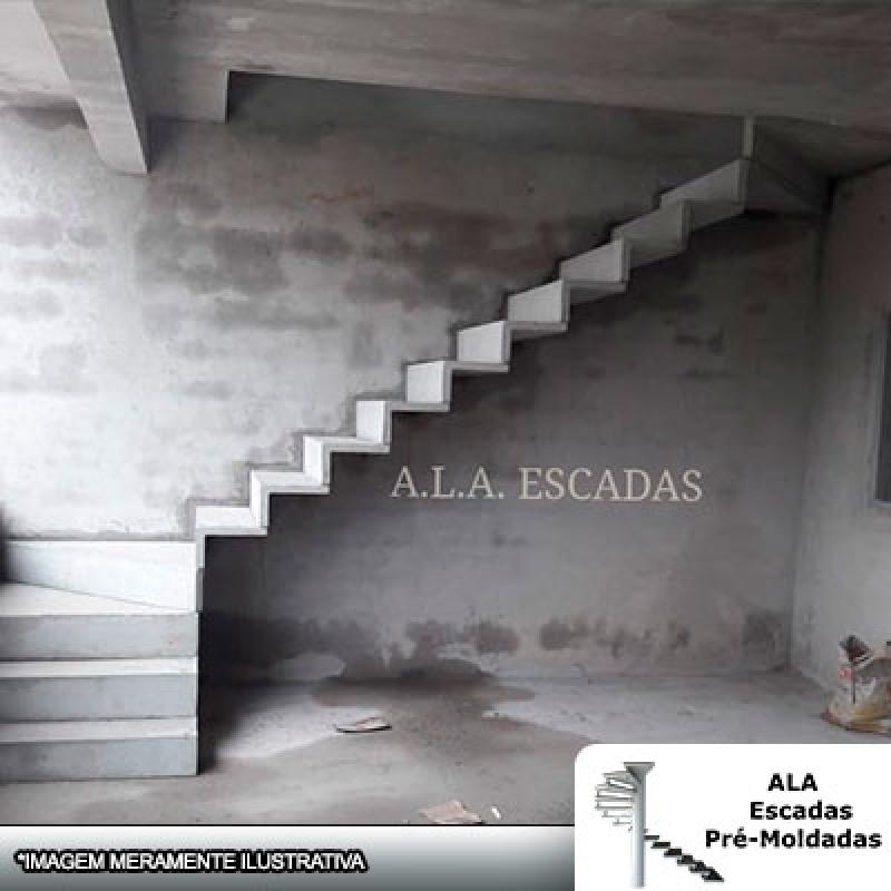 Loja de Escada em U Cascata Aeroporto de Guarulhos - Escada em U em Leque