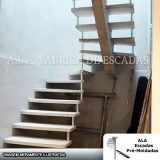 empresa para comprar escada interna para terraço Água Chata