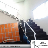 escada em l com espelho fechado ABC Paulista
