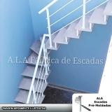escada em l para residência melhor preço Maia