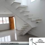 escada espinha de peixe concreto Santa Isabel