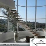 escada interna para terraço Itapecerica da Serra