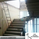 escada l jacaré Poá