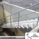 escada pré fabricada em concreto Jardim Aracília