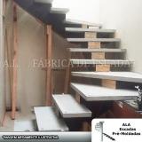 escadas em u com viga central Ferraz de Vasconcelos