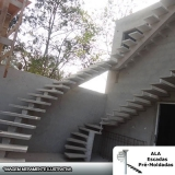 quanto custa escada espinha de peixe concreto Jardim Fortaleza